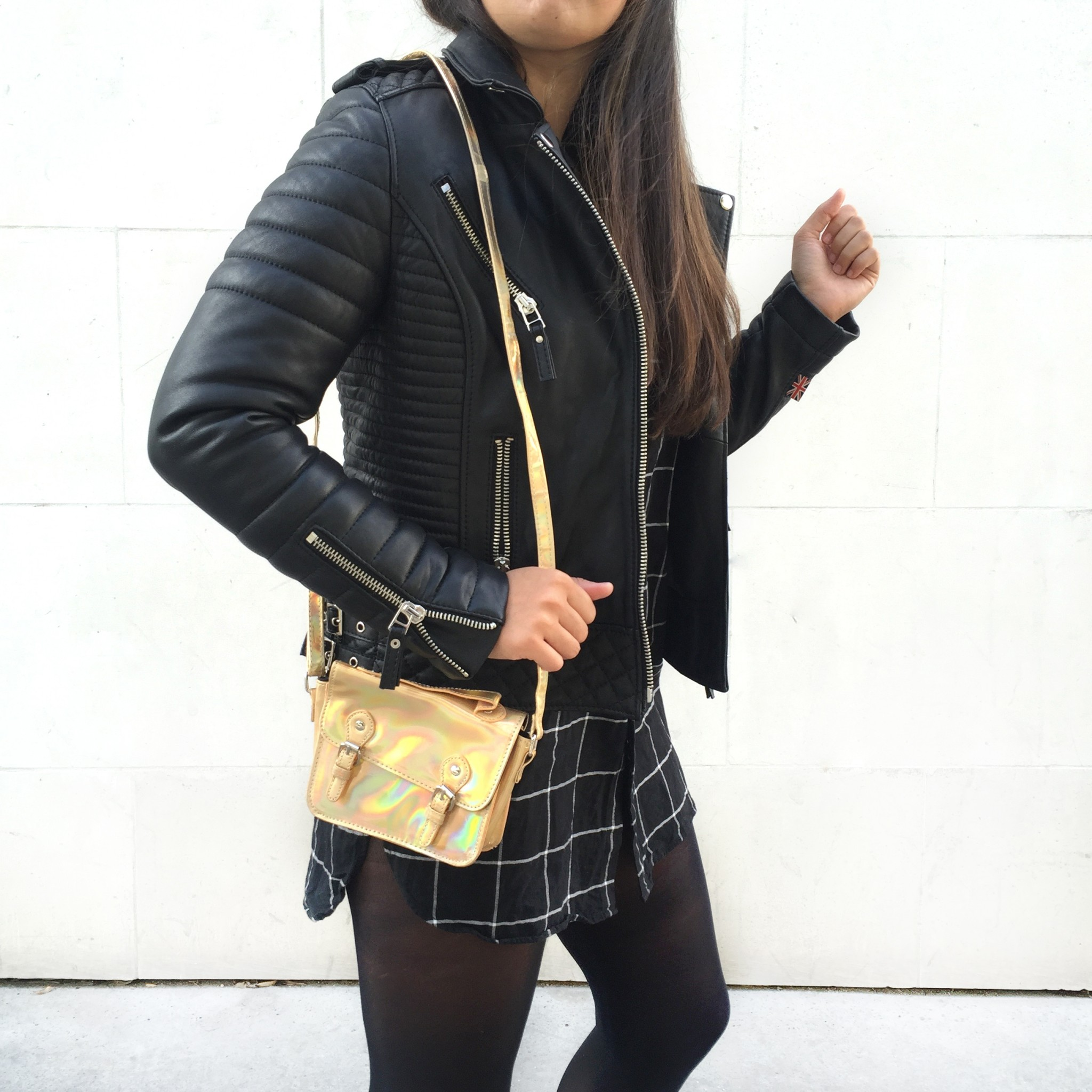 detai look outfit black meganvlt