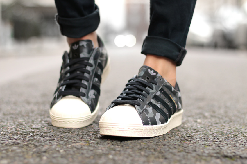 Sneakers release adidas superstar 80's bape x undefeated