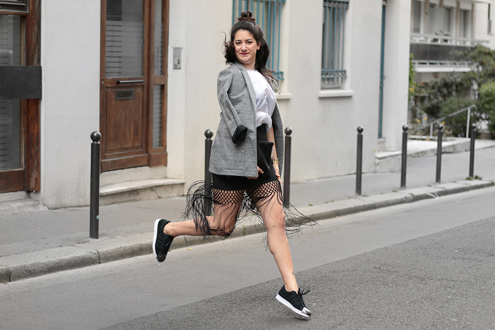 blog mode - Skirt franges Missguided + sneakers adidas + kiabia jacket - meganvlt