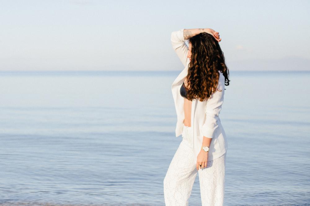 White mood en Grèce – Mode & Tendances