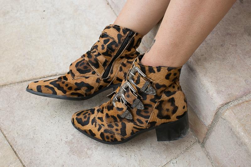 meganvlt-boots-leopard-asos-2