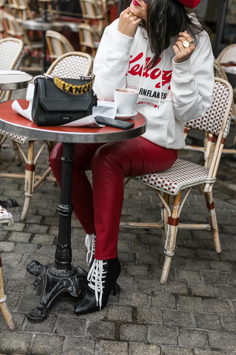 cuir-rouge-beret-blogueuse-meganvlt-mode-4