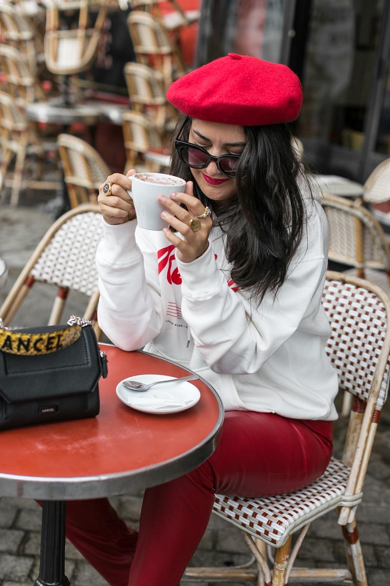 cuir-rouge-beret-blogueuse-meganvlt-mode
